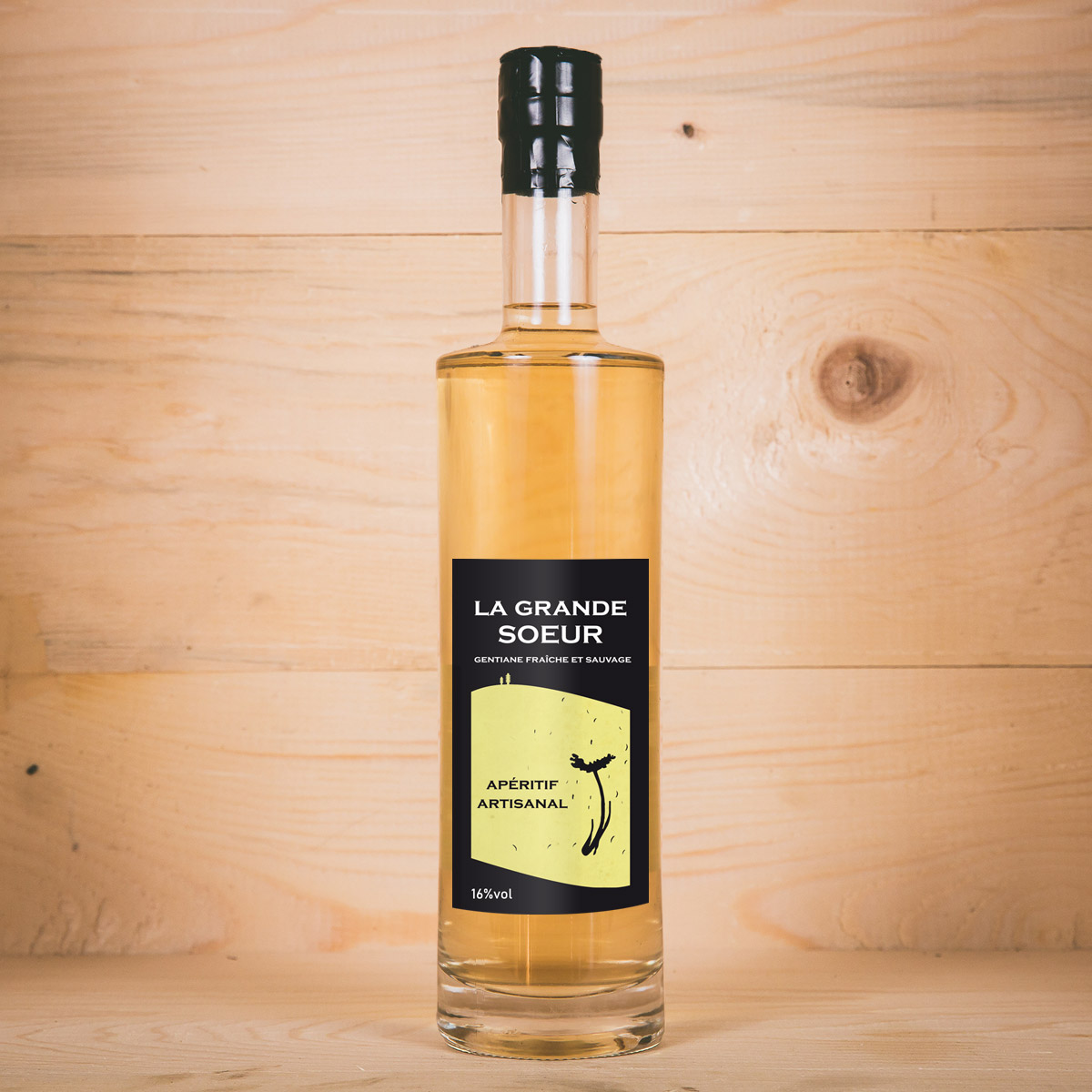https://www.lasource-distillerie.fr/wp-content/uploads/2019/05/bouteille-grande-soeur-la-source-distillerie-600x600px.jpg