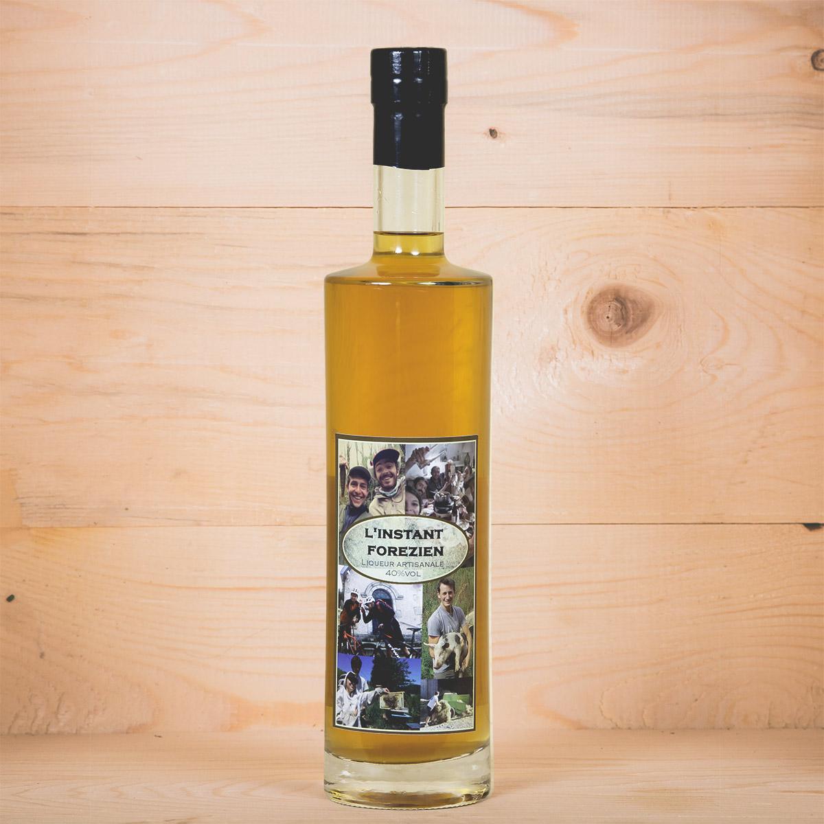 https://www.lasource-distillerie.fr/wp-content/uploads/2019/10/bouteille-instant-forezien-la-source-distillerie-1200px.jpg